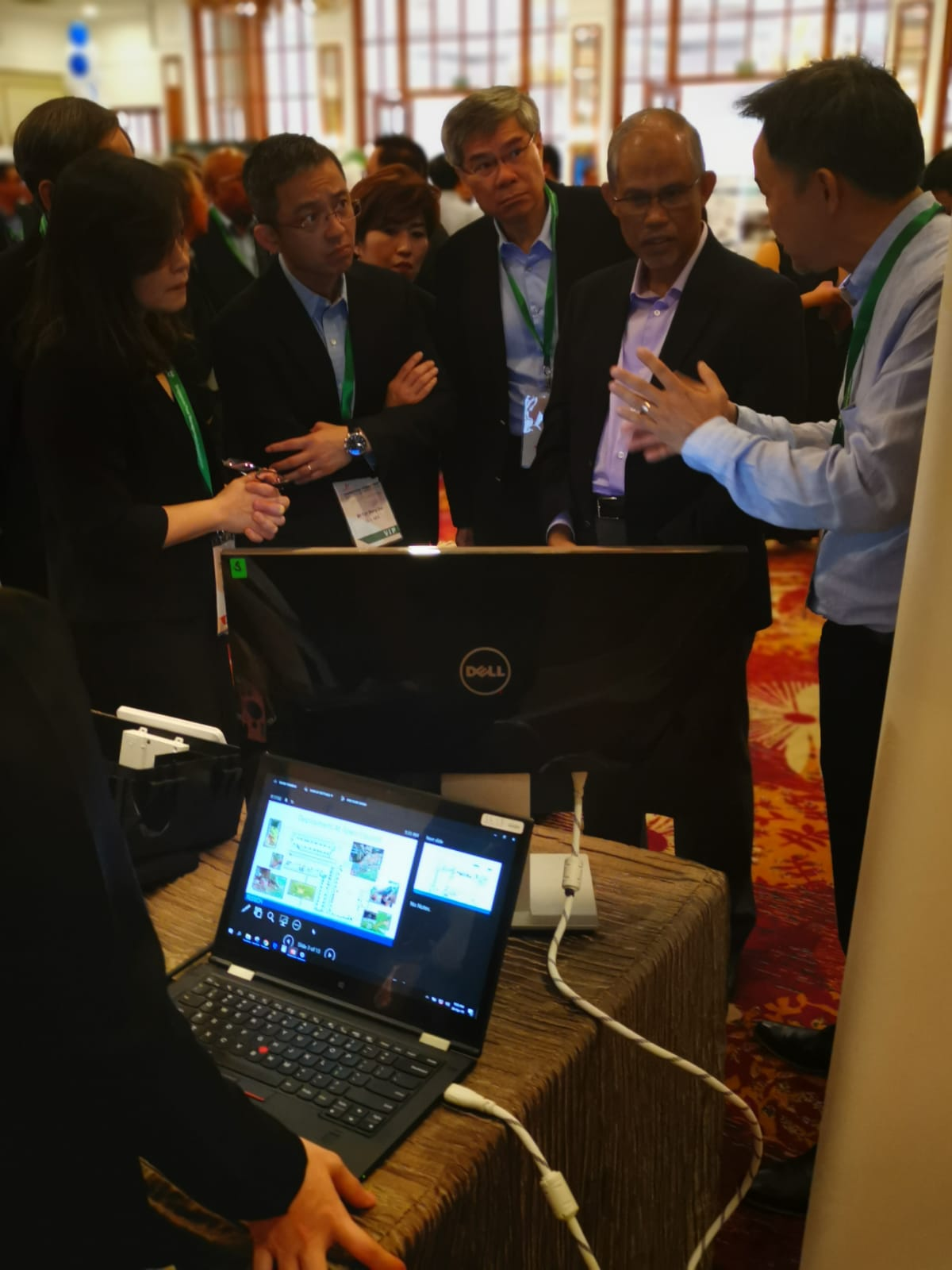 Feeling honoured to have Minister for the Environment and Water Resources, Mr Masagos Zulkifli, NEA CEO Mr. Tan Meng Dui and his team visited our booth at the Pest Management Forum